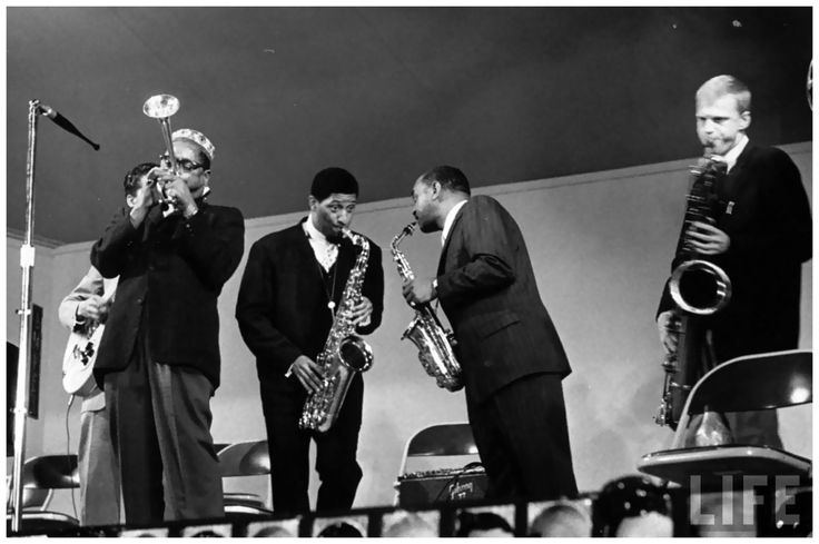 Nat Farbman: Dizzy Gillespie, Sonny Rollins, Ben Webster and Gerry Mulligan performing at the Monterey Jazz Festival (1958)