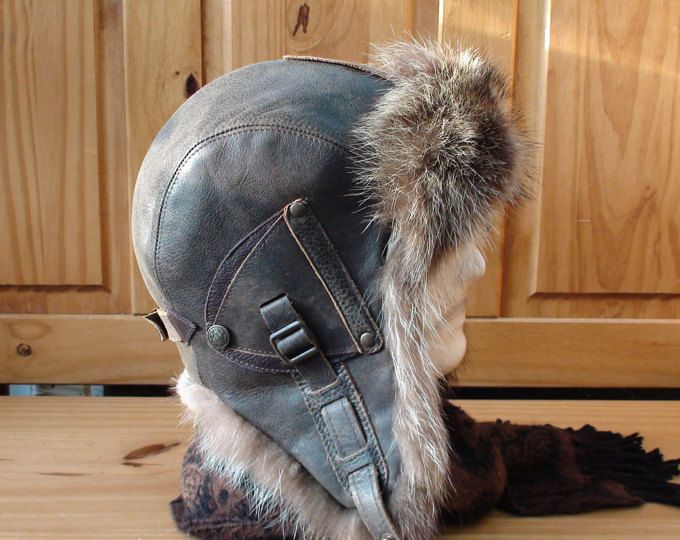 Buy online! Winter Aviator/Trapper Hat, Antoine model, with real leather, antique color and recycled Raccoon fur.  The inside is all recycled fur, so it's wonderfully warm, windbreak and comfortable hat.  Men's hat.  Ecological hat.