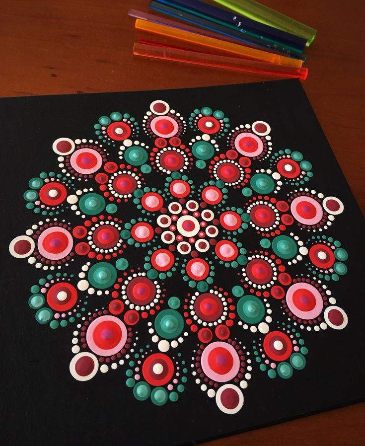 Love the colours in this mandala! #dotart #dottingtools #dotpainting #dotillism #happydottingcompany