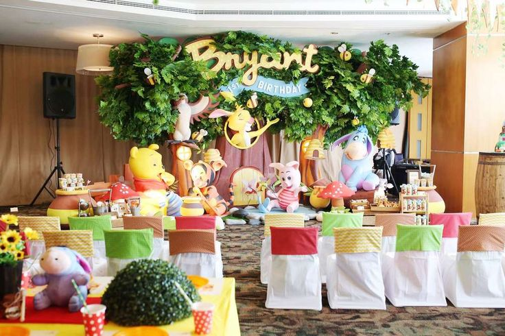 today there's sunshine in my soul!!winnie the pooh 100 acre woods   CatchMyParty.com