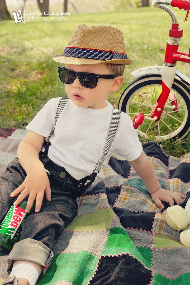 Vintage Retro Children Kids Photography Ideas - outside natural lighting photography  Keywords: Kids, Little Boy, Young Boy, First Year, Second Year, Youth, Kid, Toddler, new born, Fun, unique, children, adorable