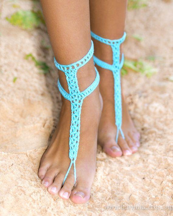 Sandali a piedi nudi blu turchese con bottoni, Crochet Barefoots, piede turchese gioielli, matrimonio spiaggia, qualcosa di blu, sposa accessorio