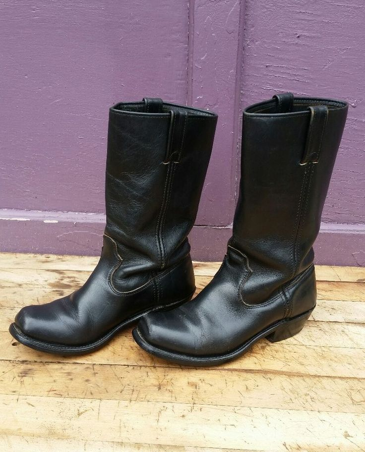Good used condition. Some creasing in the leather, minor scrapes to the toes, moderate sole and heel wear. Full grain leather is supple, not stiff. VERY Clean - inside and out. Heavy duty boots, ready to make yours!<br/><br/>Great vintage boots by Double H. Heavy full grain black leather is still supple. Cowboy or western style. Good for biker or motorcycle rider...or just kicking around on weekends. Good vintage condition. Some scrapes to the toes, general crea...