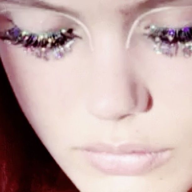 Dazzling Party Lashes #makeupbylisaeldridge @fridargustavsson #lashes #makeup #lisaeldridgemakeup #lisaeldridge