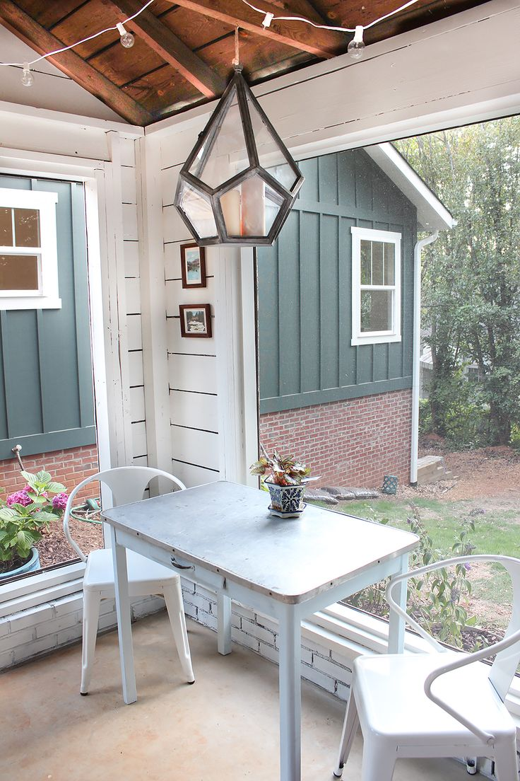 Backyard shed turned modern barn inspired screened porch, small outdoor dining ideas. @lindsaylj