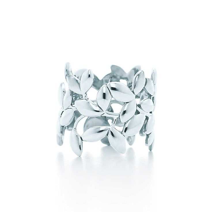 Paloma Picasso® Olive Leaf band ring in sterling silver. | Tiffany & Co.