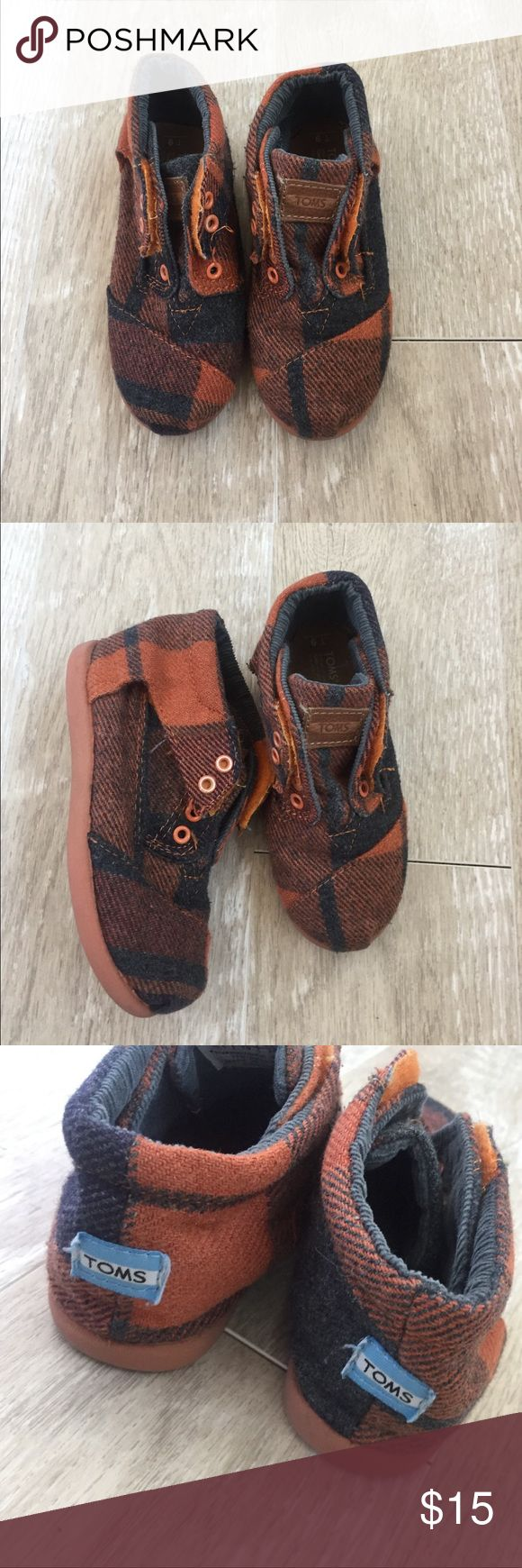 Kids Toms Ankle cut. Orange and grey. Worn but good condition with no major flaws TOMS Shoes