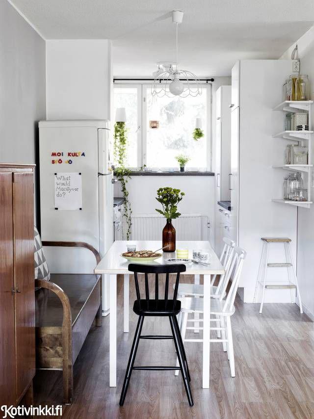 Kirpparilöydöillä sisustettu selkeä koti   Kotivinkki