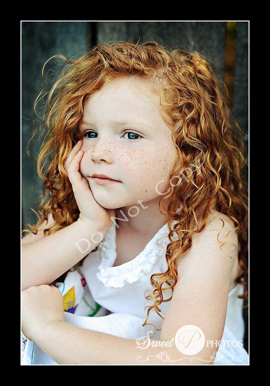 Hele mooie, dromerige foto van een mooi meisje (die rode krullen!)