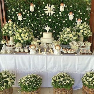 Ideas, decoración y manualidades para fiestas: Ángeles para decorar la mesa de dulces de bautizo