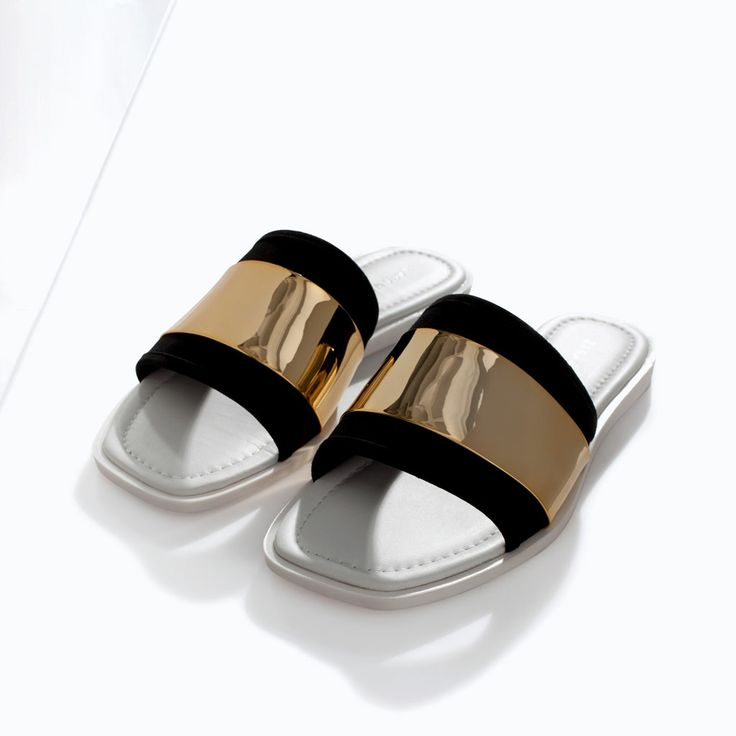 Image 4 of LEATHER SANDAL WITH METAL DETAIL from Zara