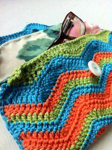 Gehaakte brillen hoes. Crochet cover glasses
