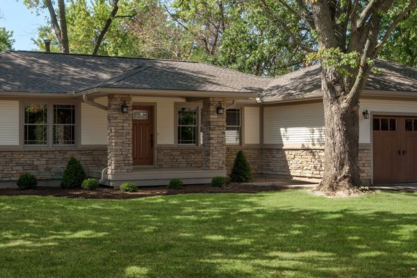 With Low Maintenance Stone Veneer And Vinyl Siding And A