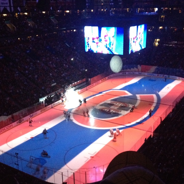 The Habs with an amazing audio-visual experience.