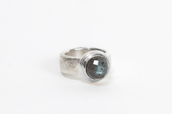 Silver Top Cocktail Ring - Labradorite | DARKBLACK $365 NZD
