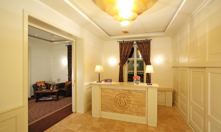Reception and Lobby in Ipoly Residence Balatonfüred https://www.flickr.com/photos/hotelipolyresidence/sets