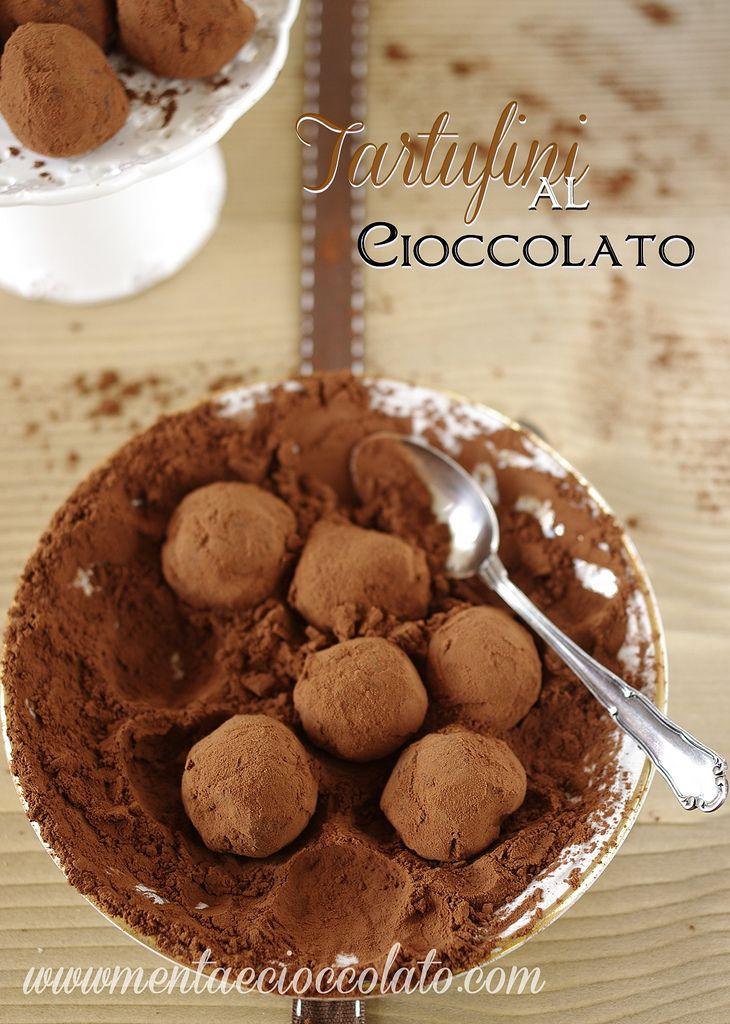 Menta e Cioccolato: Tartufini al cioccolato...e se non ti lecchi le dita godi a metà!!...