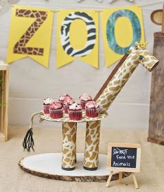 Suporte para cupcakes para festas Safári. Faça você mesmo uma girafinha porta cupcakes para festa Safári. Gente do céu!! Eu piro com ca...
