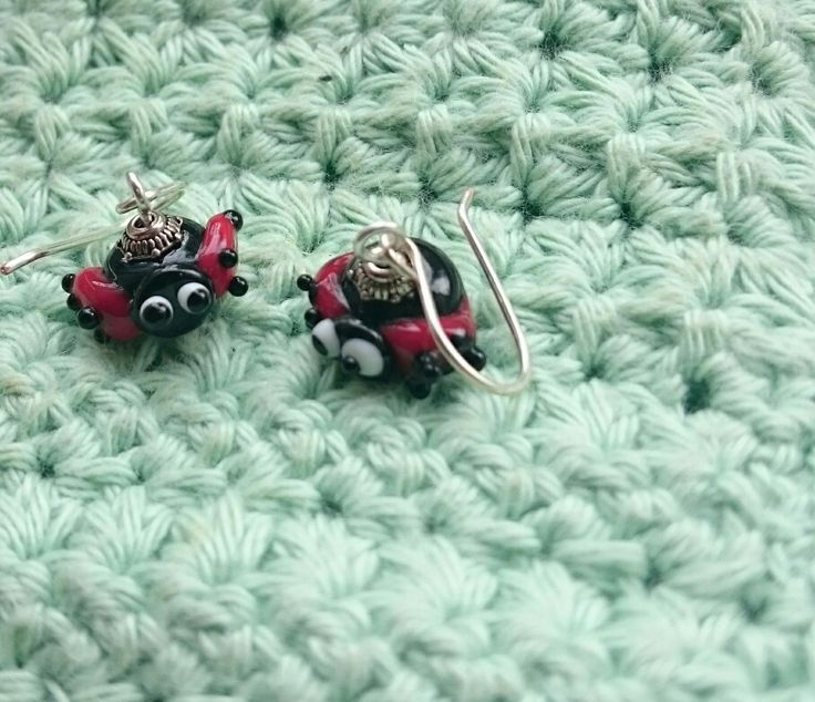Ladybugs lieveheersbeesjes set lampwork glas Handmade in my studio. Small ones For sale: email