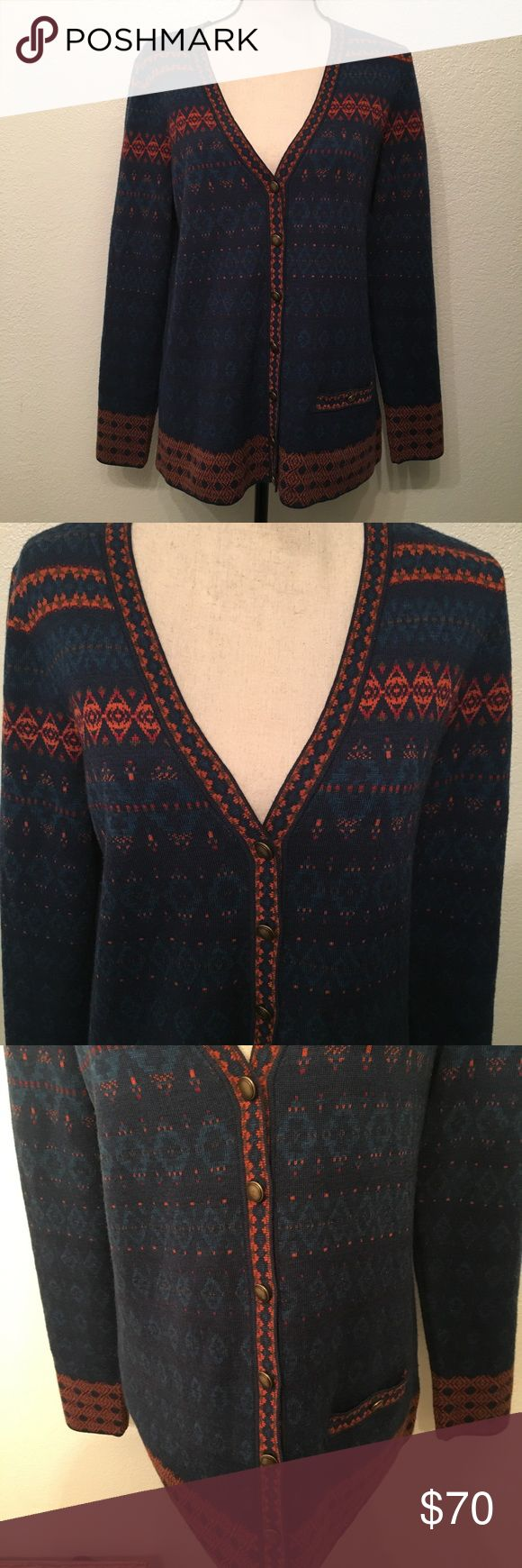 🐑 Pendleton Wool Aztec Print Cardigan 🐑 Pendleton Cardigan 🐑 Perfect fall colors 🐑 Size Large 🐑 I checked the sweater throughly and there are no holes or rips 🐑 Posted a picture of something that may be considered a flaw (Not sure) 🐑 Pendleton Sweaters Cardigans