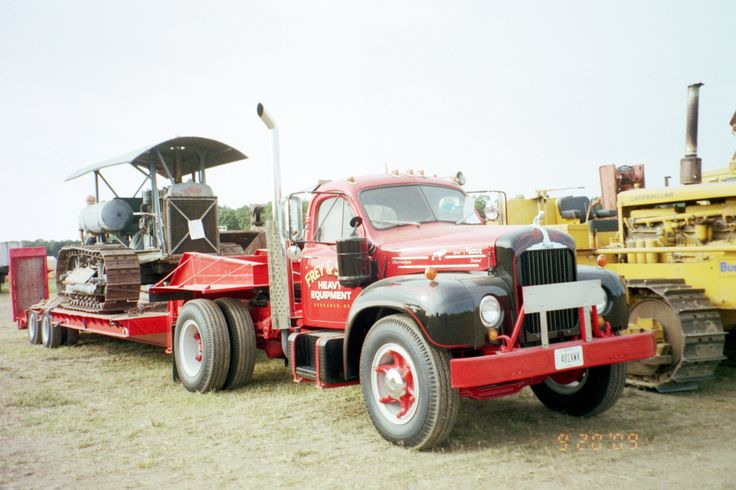Single axle Mack B Series lowboy | Old big Rigs ...