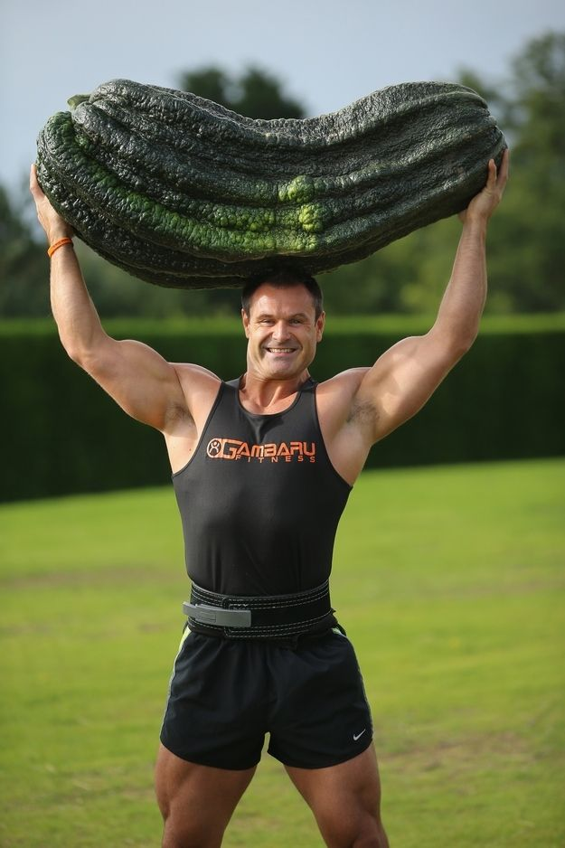 Real Men Can Do Stuff Like This | Look At These Giant Vegetables And The British People Who Love Them