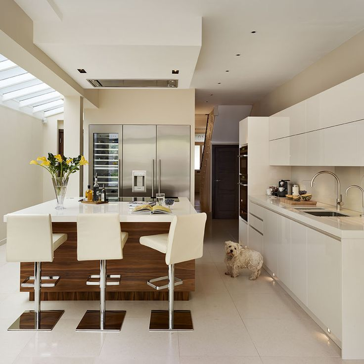 A small extension makes all the difference, with a Roundhouse bespoke kitchen