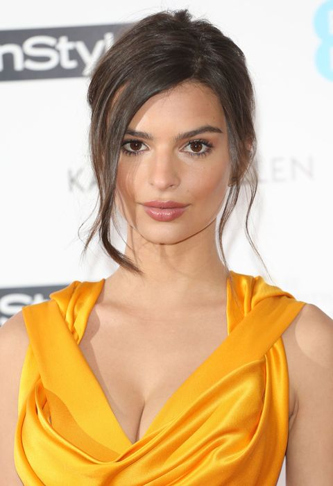 7 cool bridesmaid hair inspo pics, Emily Ratajkowski