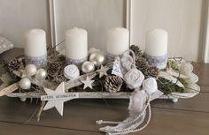 Adventskranz im shabby-Style ★Ganz in weiß ★ Die längliche weiße Metallsc… – Kläre Barylla