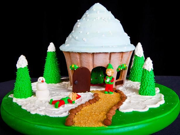 15 Amazing Gingerbread Houses : Home Improvement : DIY Network