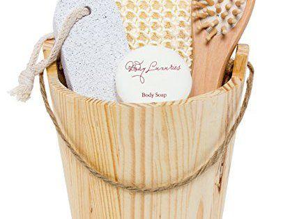 BRUBAKER Coffret de Bain Bien-être dans joli Baquet en bois – 5 Pièces – Pour Femmes ou Hommes: Coffret cadeau BRUBAKER pour femmes ou…