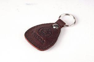 040-07-38-13 Брелок для ключей (натуральная кожа) - Брелоки для ключей <- Галантерея - Каталог | Универсальный интернет-магазин подарков и сувениров