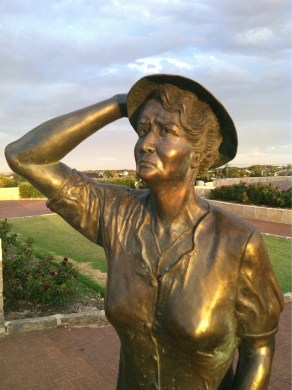 Bronze statue of a woman looking out to sea at the HMAS Sydney memorial at Geraldton Western Australia. Searching for her man who never returned.
