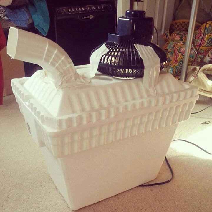 Redneck air conditioner. I will probably do this for my chickens during the hot summer days