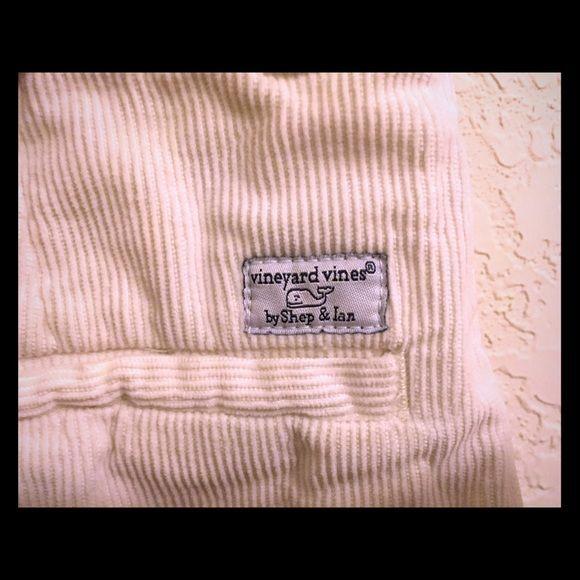 White mini skirt Sorry for the wrinkle! So cute on! Vineyard Vines Skirts Mini
