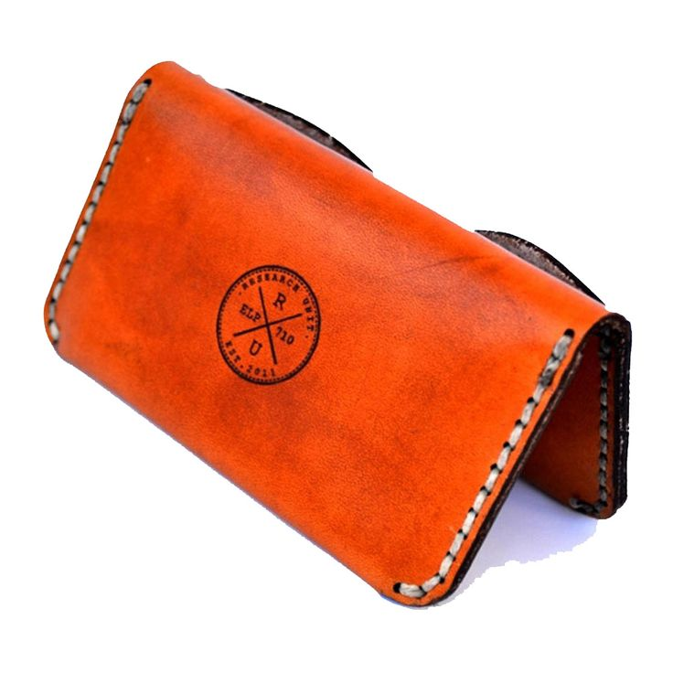 This is our bestseller and is a small luxury cardholder which folds to create two inner pockets for bankcards and notes and one outer pocket for extra cards.  It is cut, hand-dyed and polished to perfection, adding to its raw finish and detail. This piece is hand-stitched, using wax cotton thread as well as the age-old saddle stitch.  Dimensions10.2 cm x 6 cm x 0.8 cm Manufacturing: 1-7 working days Standard Delivery: South Africa/Domestic 2-4 Days Office Hours only(no weekends)…