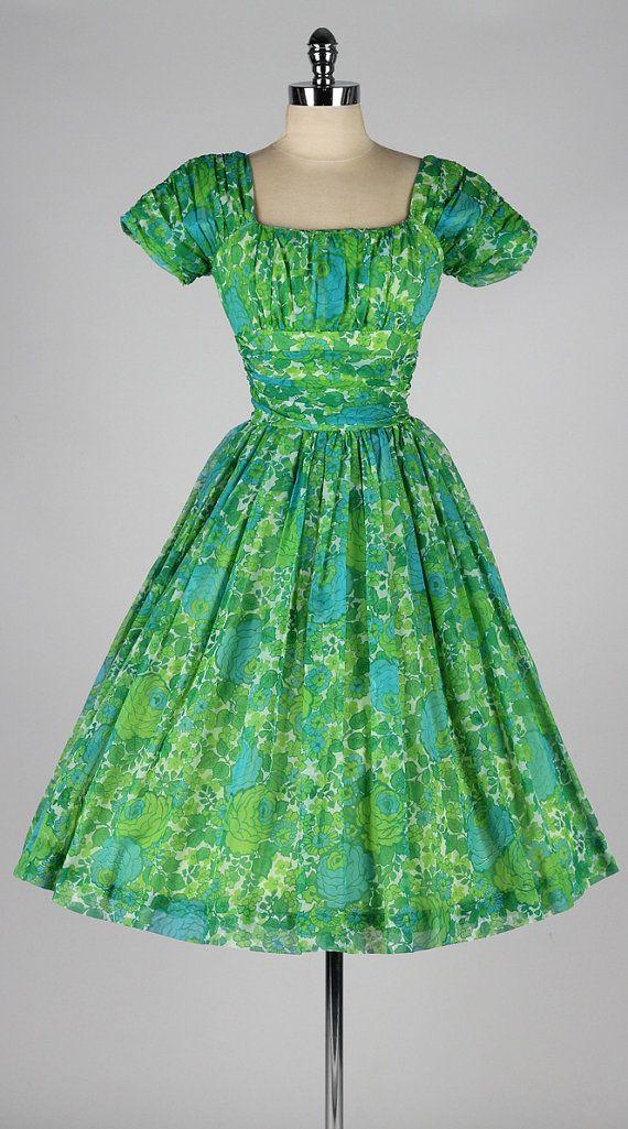 vintage 1950s dress . JONATHAN LOGAN . green by millstreetvintage