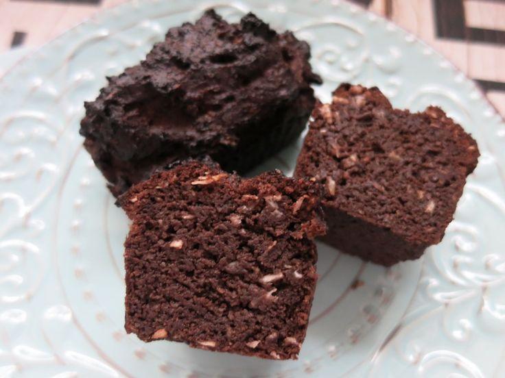kokos schoko brownies happy carb rezepte rezepte pinterest gl cklich brownies und backen. Black Bedroom Furniture Sets. Home Design Ideas