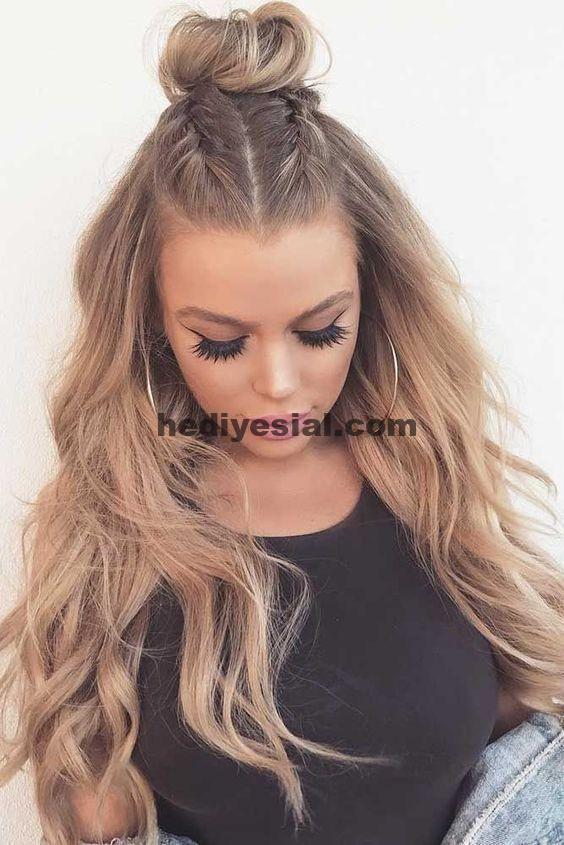 Einfache Frisuren, die Sie niedlich aussehen lassen, sind genau das, was wir während der Chri ... ,  #aussehen #einfache #frisuren #genau #lasse