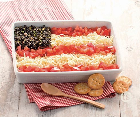 This patriotic dip combines the delicious flavors of our Garlic Parmesan Wing Sauce on chicken.