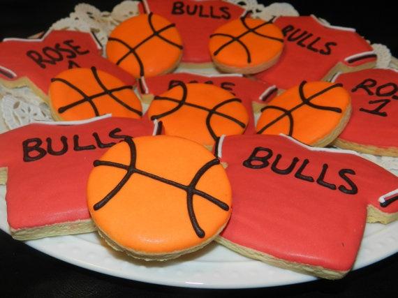 NBA Chicago Bulls Basketball Cookies 1 Dozen by SweetCookieCrush, $15.00