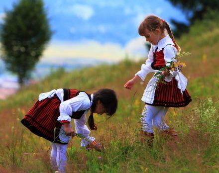 Szekler girls - székely leánykák, Erdély/Transylvania, Eastern-Carpathians