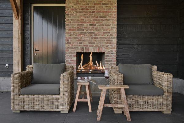 25 beste idee n over rieten veranda meubelen op pinterest geschilderde rieten meubels riet - Woonkamer rotan voor veranda ...