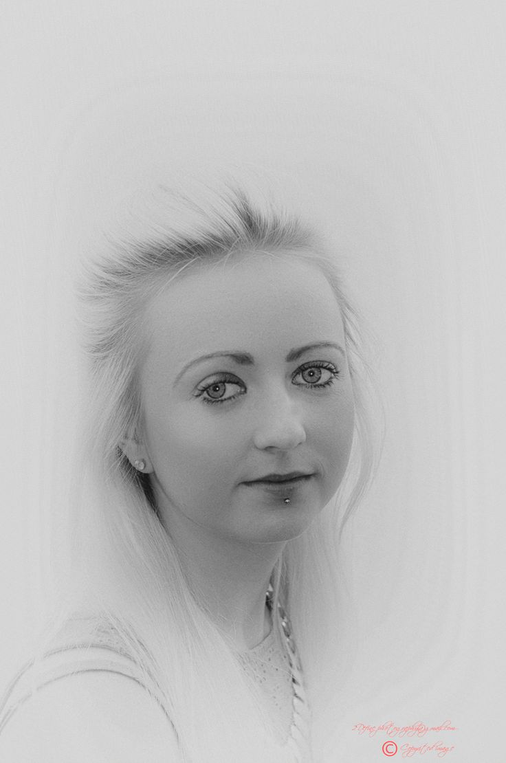 Black & White portrait of a young lady?
