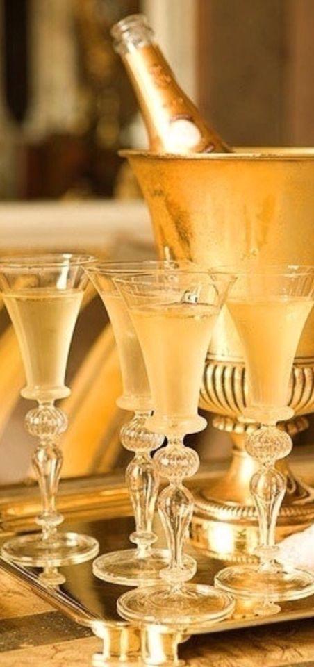 Une petite coupe de Champagne ?