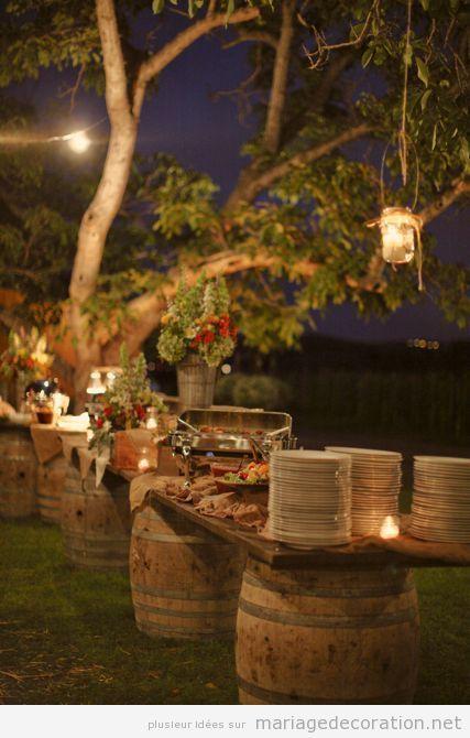Déco mariage jardin, bare apéritif tonneau vin