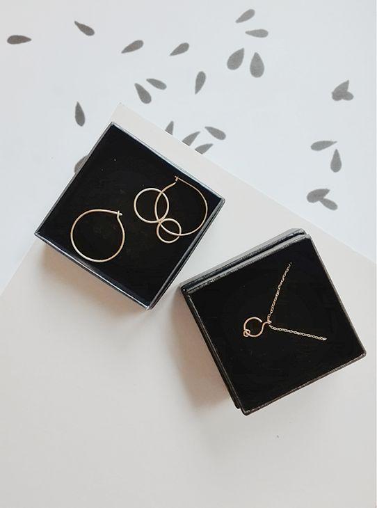 rett frem | saburi earrings, umi necklace