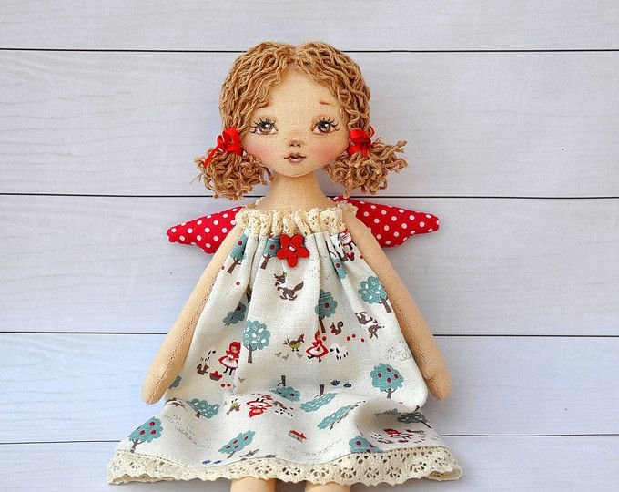 ballerina Doll,Textile doll, decorative doll,collectible dolls , doll cotton, rag doll  Height of doll 47cm (18 inches)   Doll is sewn of natural materials, cotton,skirt is made of tulle.  This doll decorate the interior of a room  Made with in a smoke free home.
