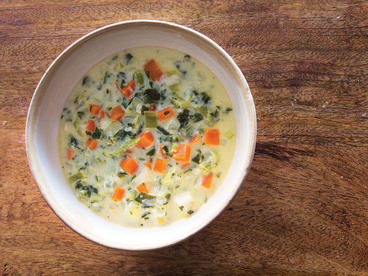 soupe de chalet (Swiss cheese soup)