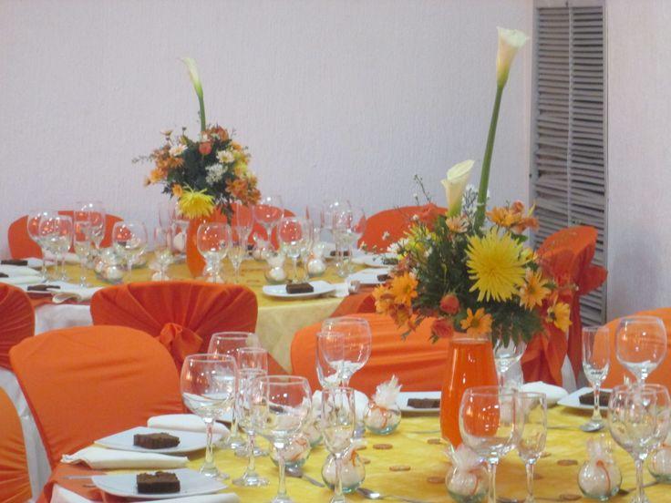 fiesta de matrimonio naranja